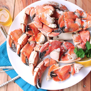 5 Minute Steamed Stone Crab Claws