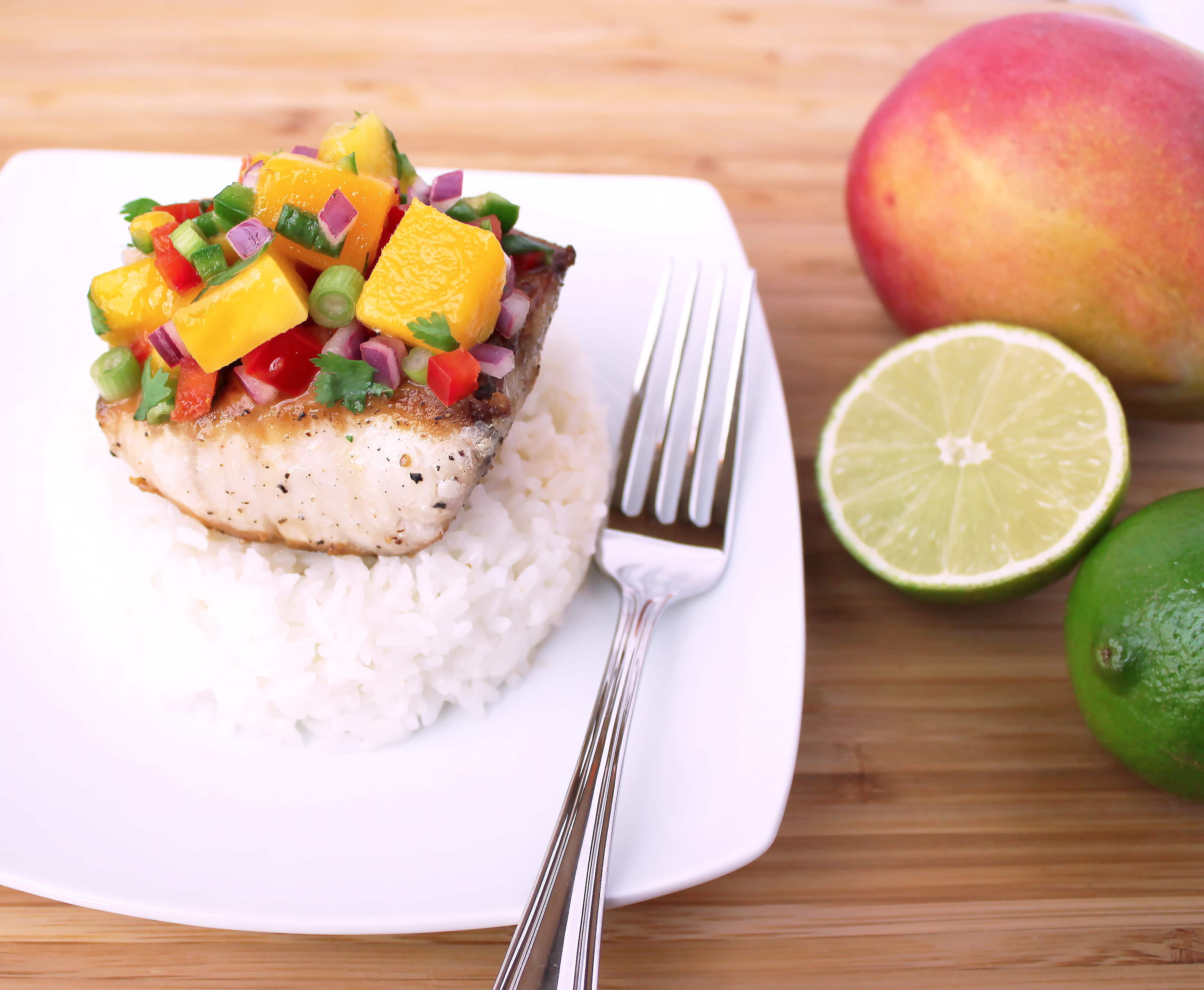 Seared wahoo with mango salsa kit 39 s coastal for Wahoo fish recipes