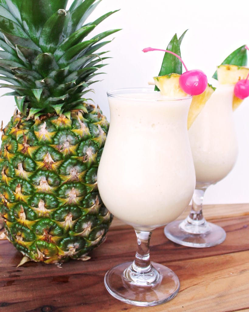 Healthy Piña Coladas | Kit's Coastal | #kitscoastal #coastalpaleo #paleo #primal #vegan #dairyfree #glutenfree #sugarfree #healthycocktails