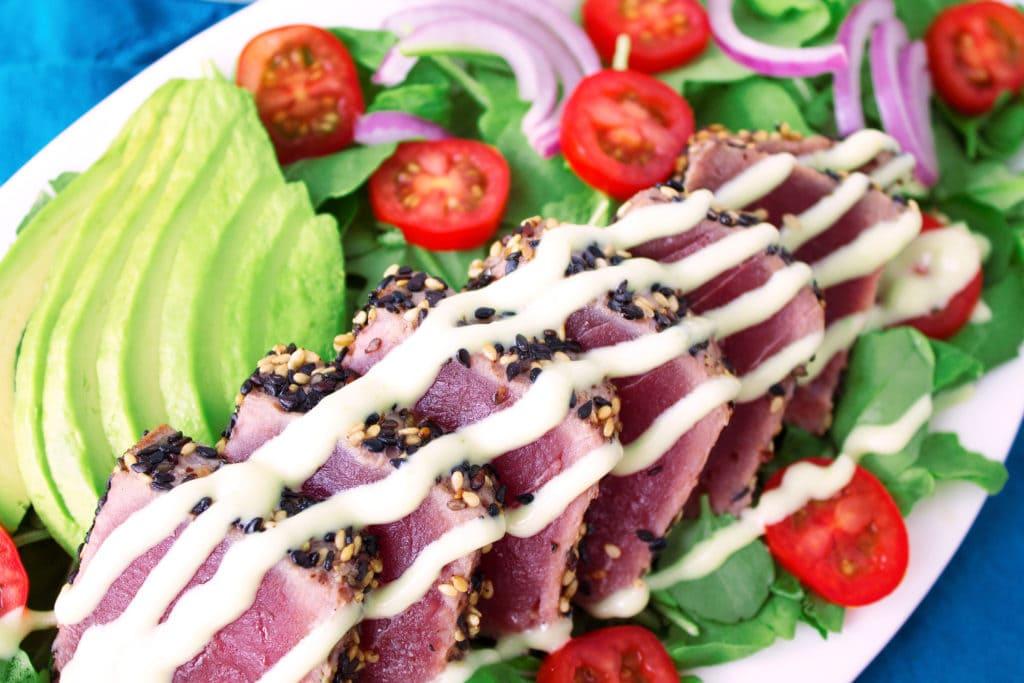 Sesame-Crusted Seared Ahi Tuna Salad | Kit's Coastal | #kitscoastal #coastalpaleo #paleo #glutenfree #dairyfree #seafood