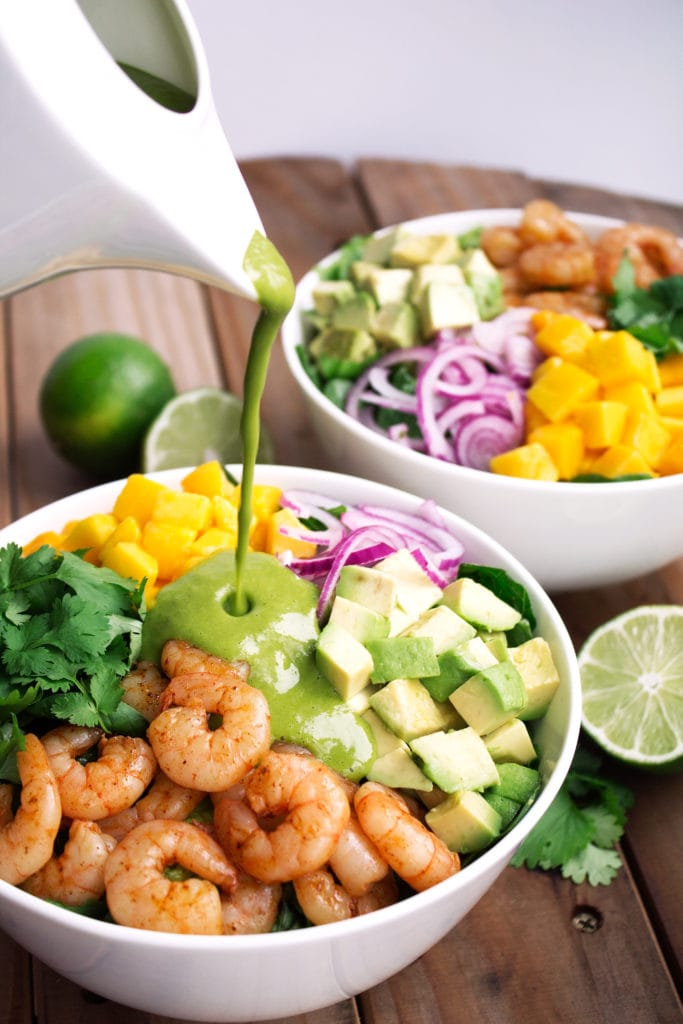Mango Shrimp Salad with Cilantro Lime Vinaigrette | Kit's Coastal | #kitscoastal #coastalpaleo #paleo #glutenfree #dairyfree
