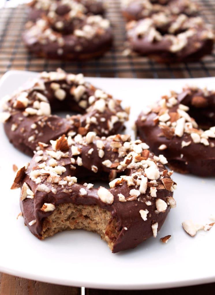 Paleo Banana Bread Doughnuts | Kit's Coastal | #paleo #glutenfree #dairyfree #doughnuts #donuts