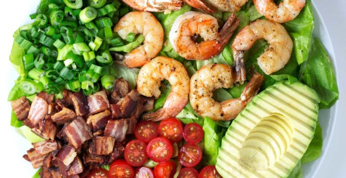 Shrimp BLT Salad with Creamy Bacon Balsamic Dressing